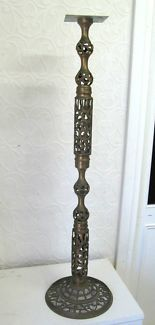 $50 BRASS LAMP STAND Ornate Swirl Designs Solid 78cm Text 0411691171 or email info@bitspencer.com