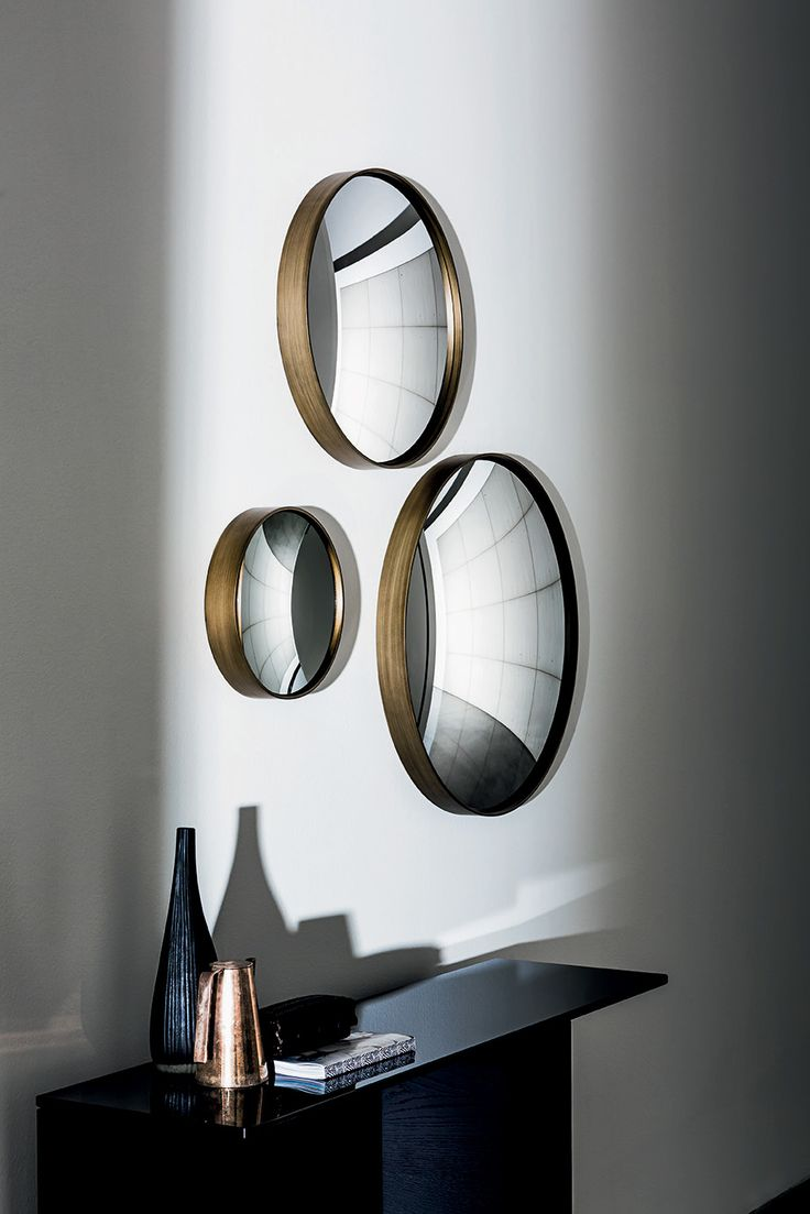 Sail concave and convex #mirror projects #spaces in a new dimension. #Sovetitalia #design #furniture