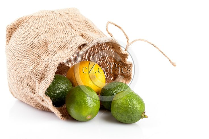 #Limes and #lemon in hemp bag. #FOODPORTFOLIO #FOODPHOTOGRAPHY #FOODPHOTOGRAPHER #FOOD