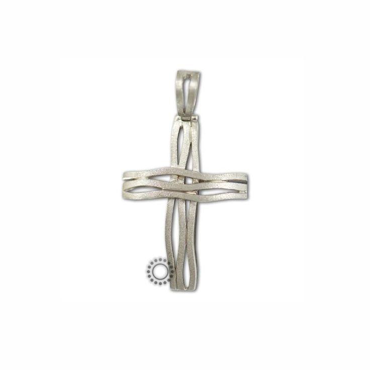 Ένας σχεδιαστικά πρωτότυπος σταυρός βάπτισης για αγόρι από λευκόχρυσο Κ18 με κυματιστές ματ λωρίδες | Βαπτιστικοί σταυροί ΤΣΑΛΔΑΡΗΣ στο Χαλάνδρι #βαπτιστικός #σταυρός #βάπτισης #αγόρι