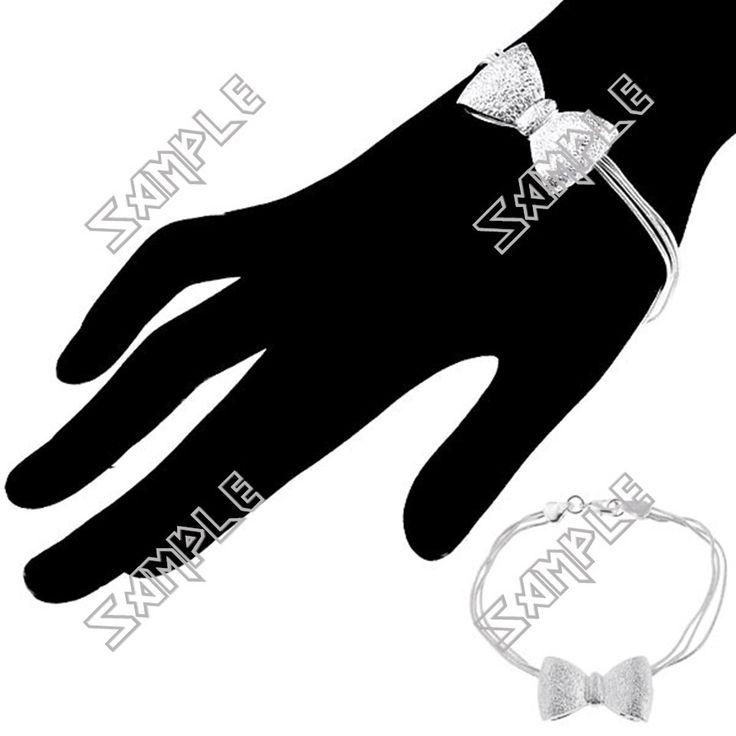 http://www.fazistore.com/bowknot-style-bracelet-wristlet-bangle-jewelry-wrist-decoration-for-lady-girl_p76007711