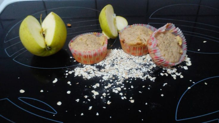 HOMEMADE SWEET: Muffins με βρώμη μήλο και κανέλα   muffins with apple oat and cinamon