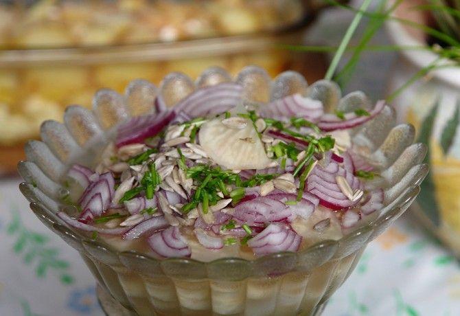 13 saláta lila hagymával, ami kevesebb, mint egy óra alatt kész