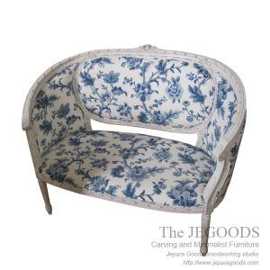 Birdy Love Seat Shabby chic furniture Jepara Indonesia. Furniture manufacturer Indonesia at factory wholesale price. Shabby Creative Color Furniture Jepara.