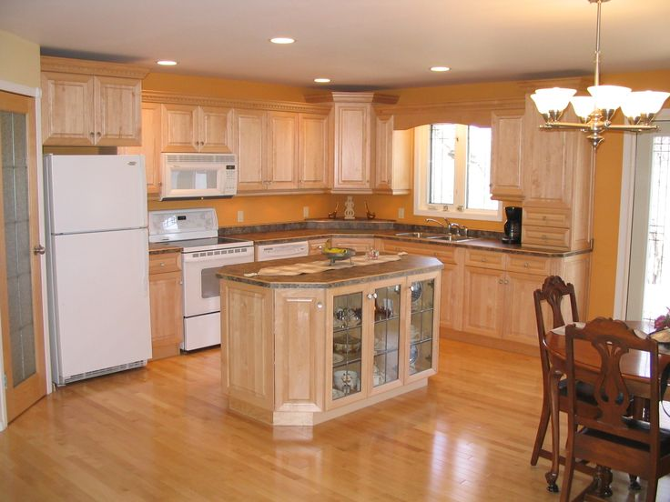 Cabinets: Maple - Natural / Countertops: Formica Laminate ... on Best Countertop Color For Maple Cabinets  id=76331