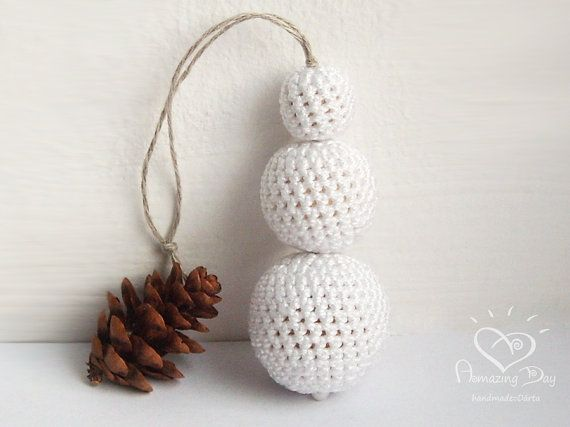 Elegant Christmas Ornament, Crocheted SNOWMAN, Eco friendly White Christmas tree decor - Crochet ball Snowman, Christmas gift, Home decor