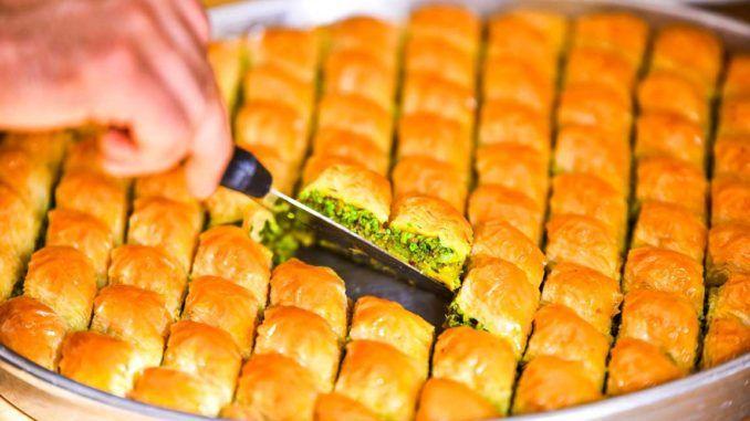Baklava Turkish Cuisine Heritage and Abundance #foodformyhealth #turkish #cuisine #turkishcuisine #mediterranean #food #health http://foodformyhealth.com/turkish-cuisine-heritage-abundance/