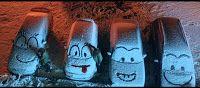 Dal 9 novembre è in onda lo spot natalizio abbinato alle bottiglie di Coca-Cola special edition Fiocco Magico in cui vediamo delle situazioni di bontà tipicamente natalizia con in sottofondo una canzone natalizia degli anni '60