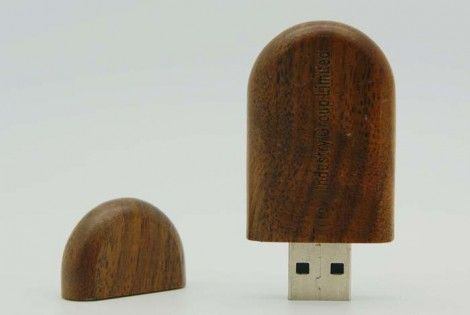 Oval-like Wood USB Drive