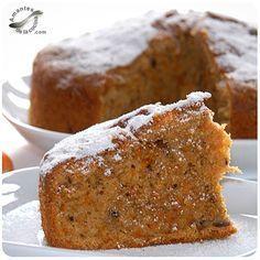 Bizcocho de zanahoria y nueces. http://amantesdelacocina.com/cocina/2010/10/ponque-o-bizcocho-de-zanahoria-y-nueces/