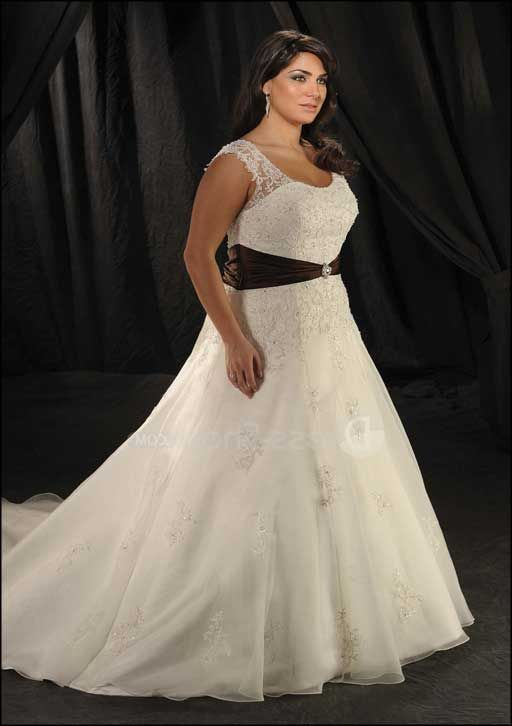 White And Black Casual Vintage Plus Size Wedding Dresses