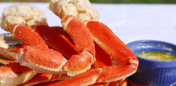 Crock Pot Crab Legs - Yes, you can make Crab Legs in your Crock Pot!  It's actually very simple and once you make them you probably won't ever order crab legs at a restaurant again.  I buy crab legs when they are on sale at my local grocer and it's always a nice surprise for the family.  (I don't think they know how easy they really are to make!)