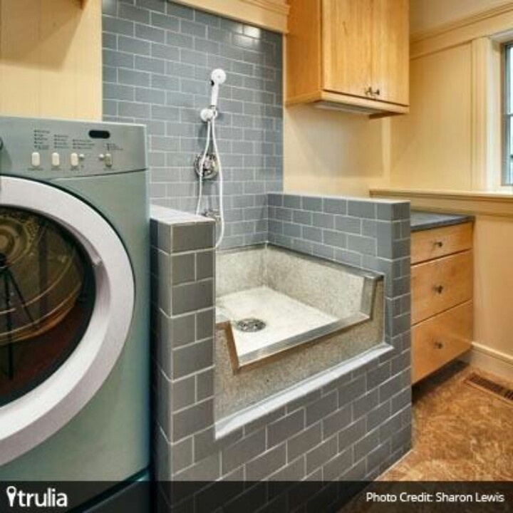 Mud/laundry room with a tub for your dog!