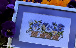 Flowers pansies by Veronique Enginger, cross stitch, flower