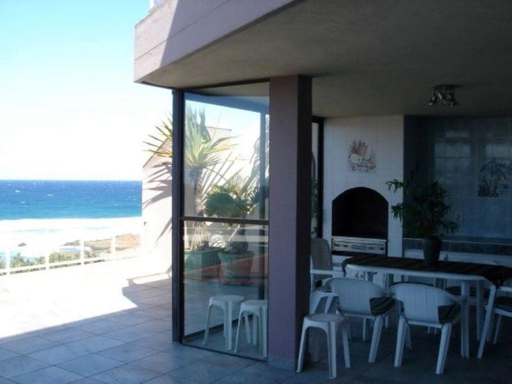 Beau Vista 10 - Beau Vista 10 is a set in the beachfront complex of Beau Vista, in Manaba Beach, on the South Coast of KwaZulu-Natal.  This self-catering unit has panoramic sea views from its spacious balcony.This unit ... #weekendgetaways #margate #southafrica