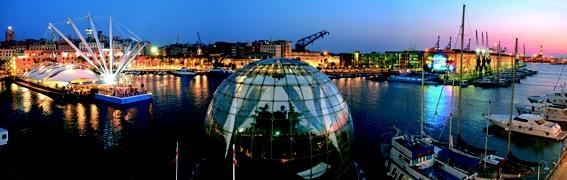 Vista sul Porto Antico di Genova, Liguria - ©  Roberto Merlo