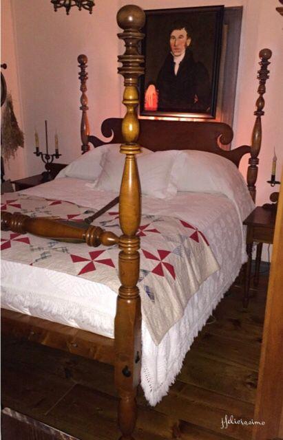 1000 Images About Colonial Primitives Antiques Beds