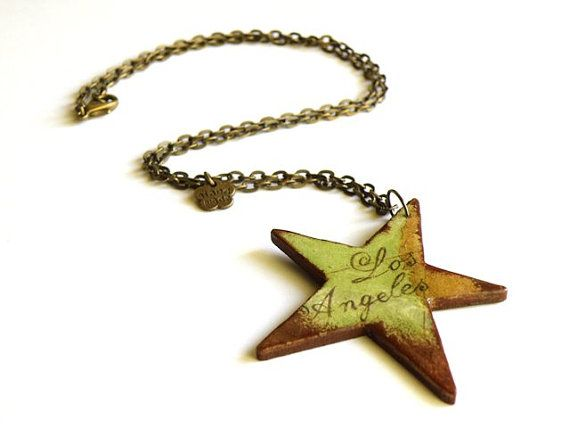 Wooden star necklace with map of Los Angeles #decoupage #star #hollywood #losangeles #necklace