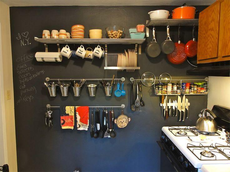 Algumas ideias para deixar os utensílios e panelas sempre a mão na hora preparar as receitas. De quebra ainda ajuda na decoração!