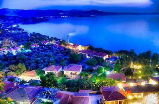 Molyvos (Mithymna), Lesvos, Greece   par Can Gurel