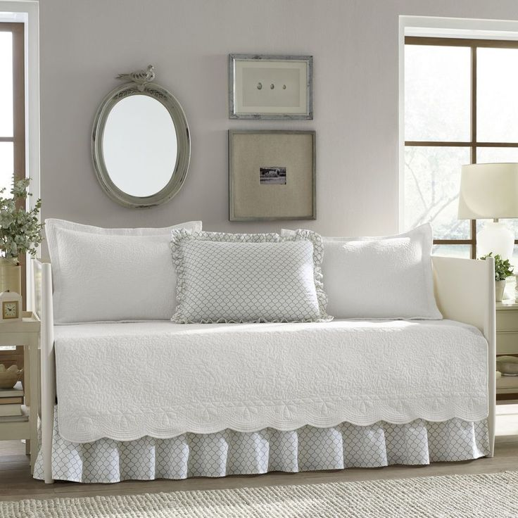 Guest Room Bed Daybed Bedding Set Cotton Shams Bed Skirt  White 5-Piece New #StoneCottage #Contemporary