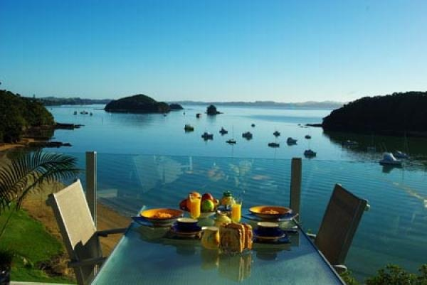 Paihia Holiday Lodge Rental - 3 Bedroom, 2.0 Bath, Sleeps 6