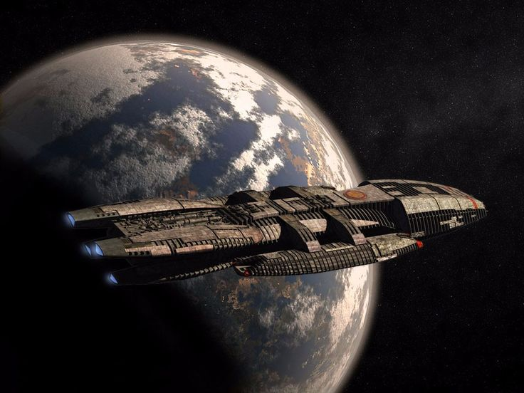 "Estrella de combate ""Galáctica"" (Battlestar Galactica, remake de 2003)"