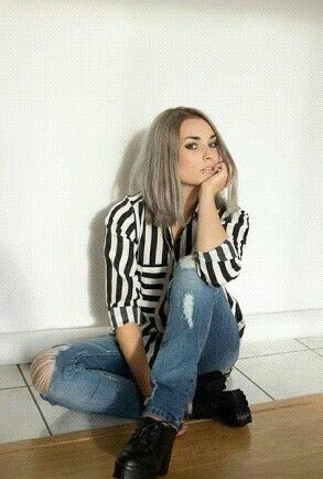 """Emma bossé Après """"Emma la fille au cheveux rouge """" voilà """"emma la fille au cheveux gris"""""""