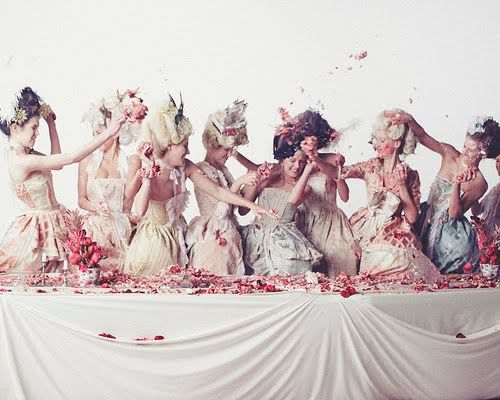 Marie Antoinette #LetThemEatCake cake fight