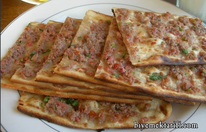 Etli Ekmek Tarifi ve Hazırlanışı