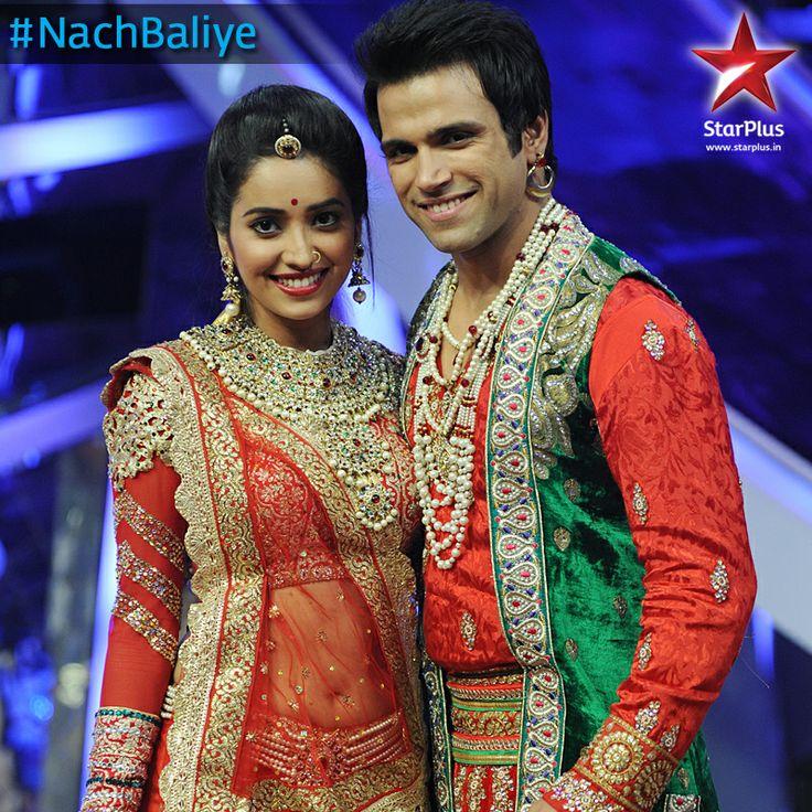 Asha - Rithvik clad as Jodha - Akhbar were looking splendid together
