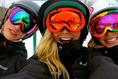Such vibrant colours! #winter #ski #goggles