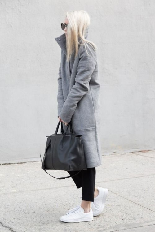 grey coat + leather bag + white sneakers - on point