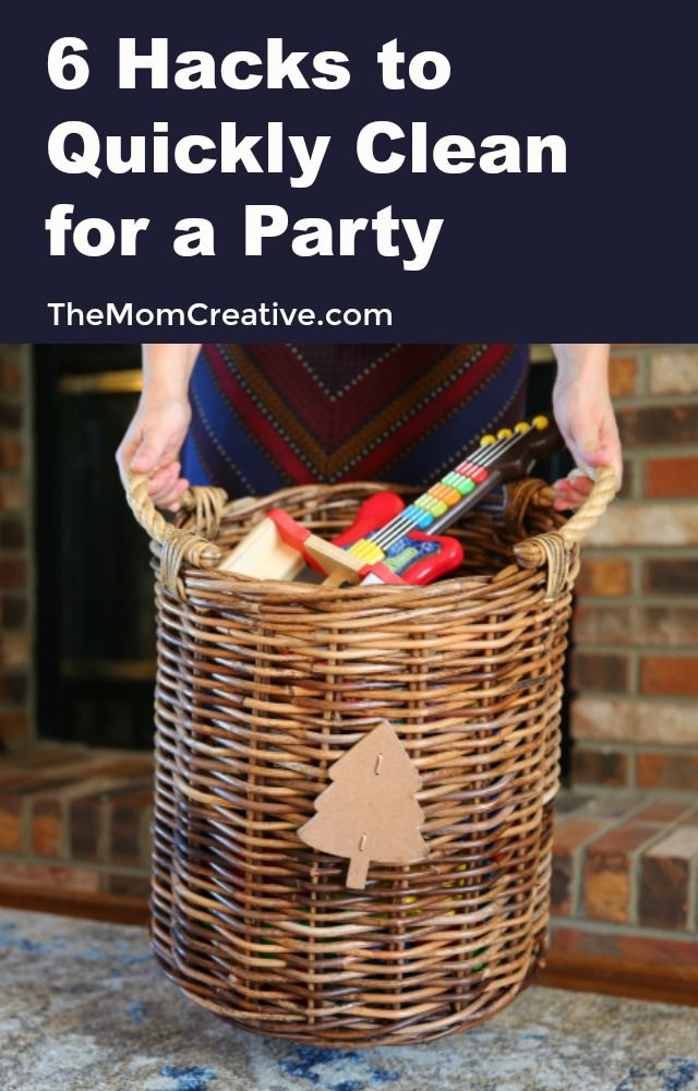 Tips and tricks to quickly get your house ready for guests. My favorite time saving hacks to get your house party ready in no time! TheMomCreative.com #christmasparty #party #organization