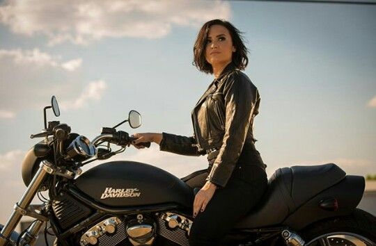 """Try to keep up, boys!"" I looked back at everyone, gunning the engine. Sara's smile grew as she yelled, ""I call the other bike!"" Kendra took to the air while Leonard and Mick looked at Dakota, the young woman smirking. ""I'll walk."" She chuckled, shooting past me in a blur of blue and silver."