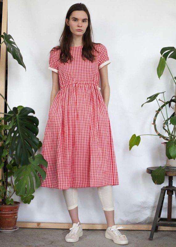 """Платье с кулиской в  красно-белую клетку """"виши"""" с коротким рукавом"""