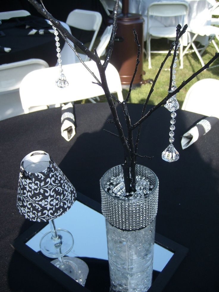 Black+and+White+Party+Centerpieces | Black and White Party Centerpiece | 17th Birthday Party Ideas