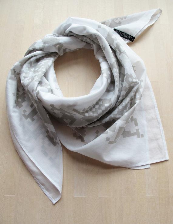 handprinted foulard, smoke, 90 x 90 cm