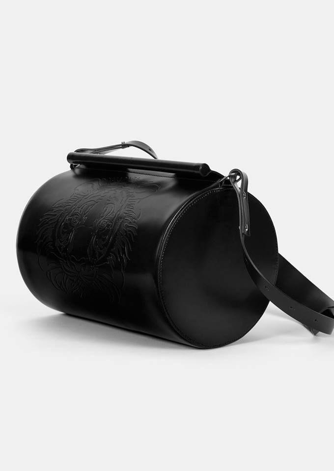 #DesignerLeatherBag #LimitedEditionBags https://www.coloursofmylife.co.uk/en/handbags
