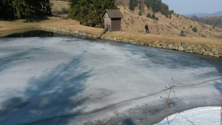 Frozen tajch Ottergrunt in Banská Štiavnica. Like a picture.
