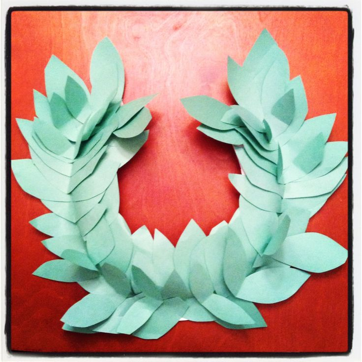 Laurel crown for ancient civ day at school. Super easy to make. Cut a paper plate to fit you child's head and then cut & glue/tape the green construction paper leaves.