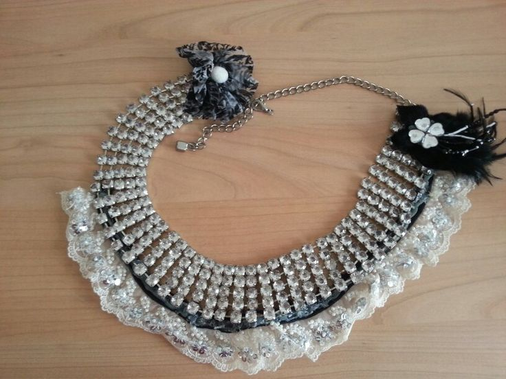 Tribal belt white lace & silver small swarovski