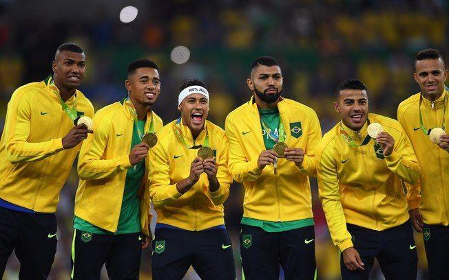 Jogadores do Brasil comemoram conquista inédita em Olimpíadas. Foto: Divulgação Rio 2016