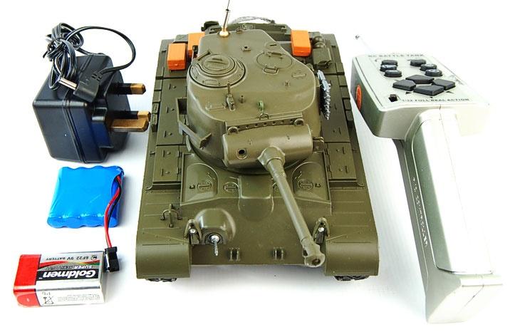 1/30th M26 Pershing Radiografische Tank  De M26 Pershing was geintroduceerd in de Laatste dagen van de Wereld Oorlog II als de opvolger van de M4 Sherman. Deze heeft een sterke 50 caliber 90mm gun met een bereikbaarheid van 1400m, De pershing was ontwerpt om de Sterk Duitse Tiger en Panther aan te nemen.see more