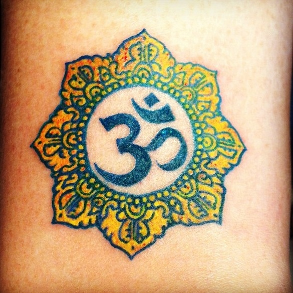 28 Best Om Tattoos Images On Pinterest