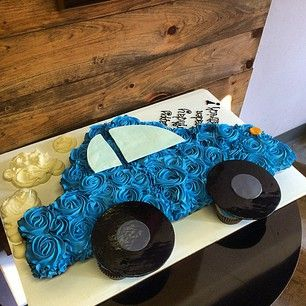 pullapart cupcakes car cakes - just the image