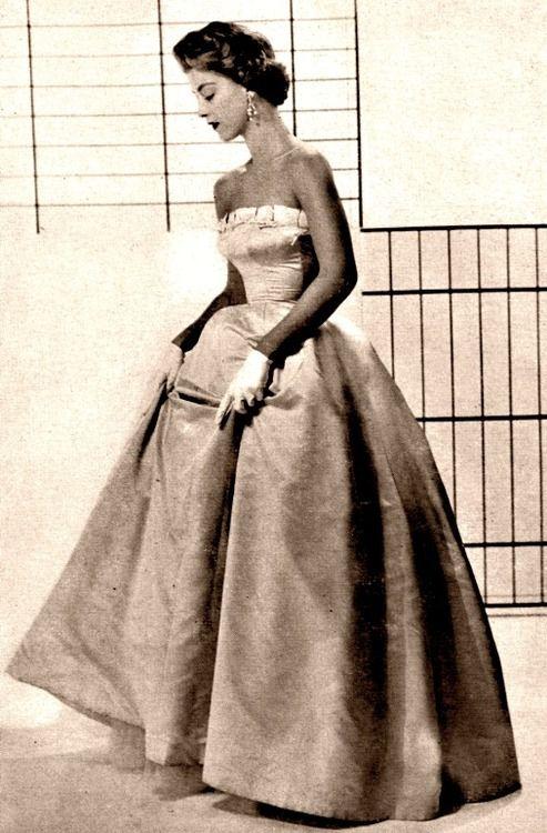 Harper's Bazaar ♥ 1954