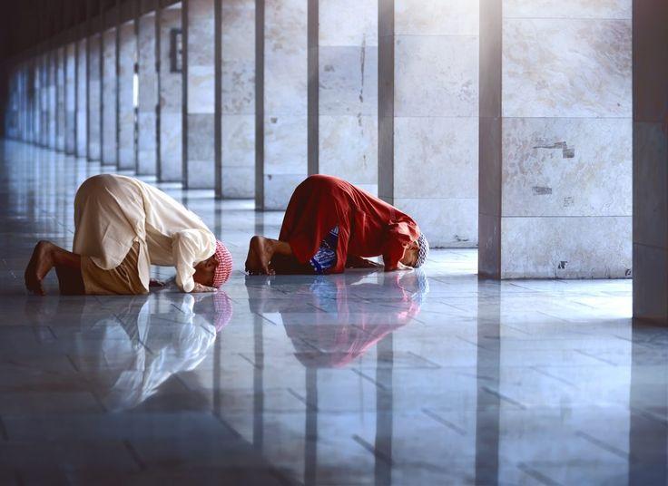Los acontecimientos ocurridos tras el atentado de Barcelona están en boca de todos, pero antes de hablar primero diferenciemos términos: árabe, musulmán, islamista y yihadista, ¡no es lo mismo!  Anoche el juezAudiencia NacionalFernando Andreu dictó auto ordenando elingreso en prisión de dos...