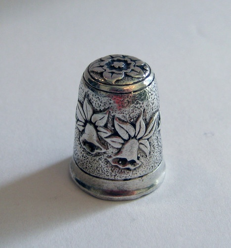 Sterling Silver Thimble English with Daffodils
