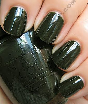 not sure why i love dark green nails so much lately but i need this color...